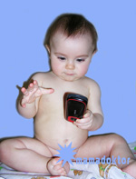 Сотовый телефон и ребенок