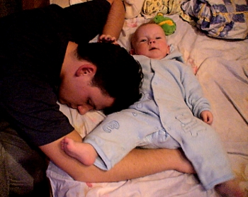 Сколько ребенок должен спать
