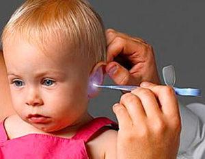 что делать если у ребенка болит ухо